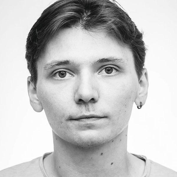 Дмитрий Честнов
